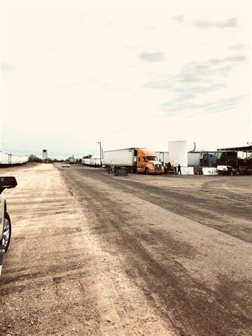 22215 Mines Road Laredo, TX 78045 - main image