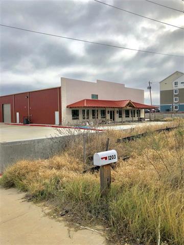 1201 Bob Bullock Loop Laredo, TX 78043 - alt image 3
