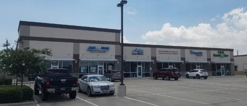 2215 Rollingbrook Drive, 110 Baytown, TX 77521 - main image