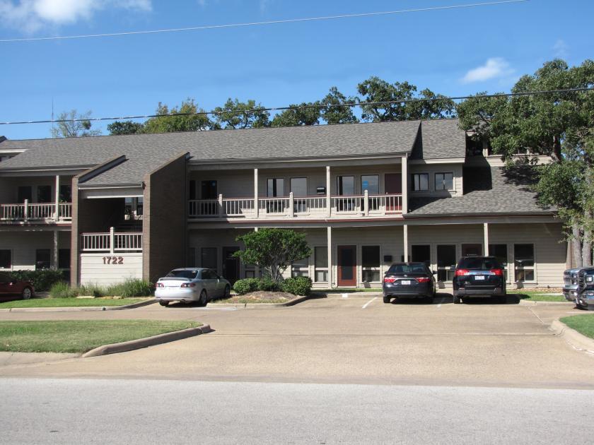 1722 Broadmoor Drive Bryan, TX 77802 - main image