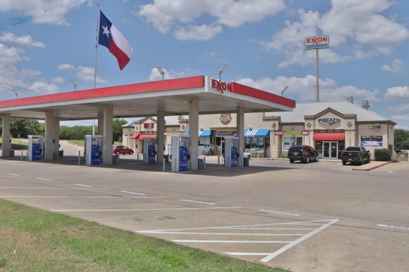 3400 East State Highway 21 Bryan, TX 77808 - main image