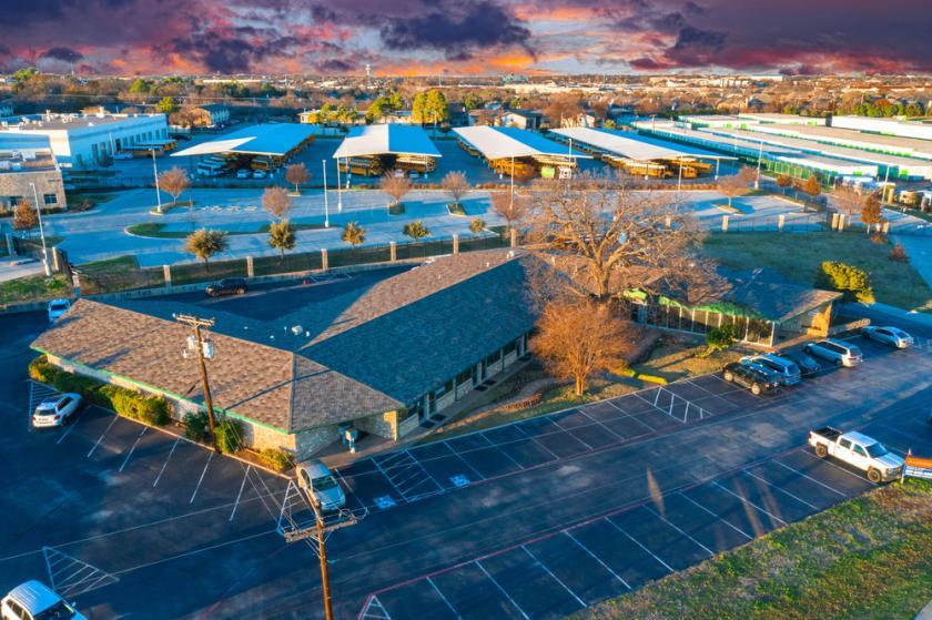 1340 West Euless Boulevard Euless, TX 76040 - main image