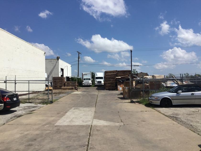 1309 Avenue H Grand Prairie, TX 75050 - alt image 2