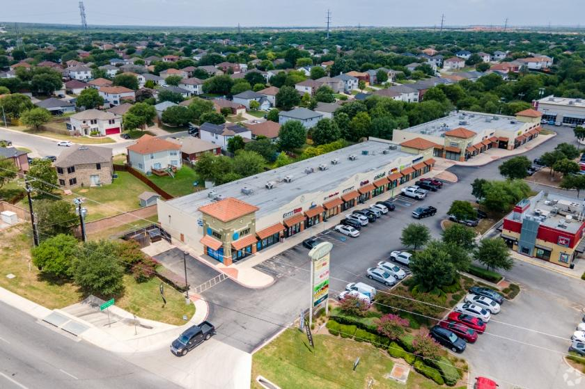 11219 Potranco Road San Antonio, TX 78253 - alt image 2