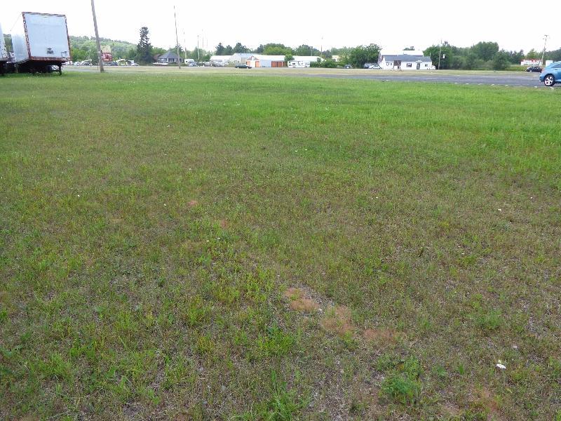 N. Stephenson Ave. Iron Mountain, MI 49801 - alt image 2