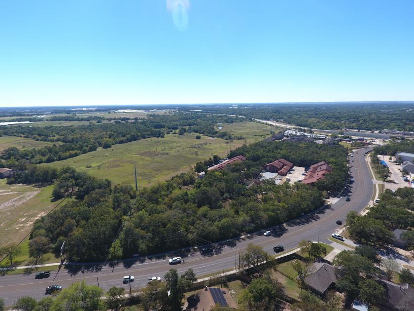 1015 W Villa Maria Rd Bryan, TX 77801 - alt image 2