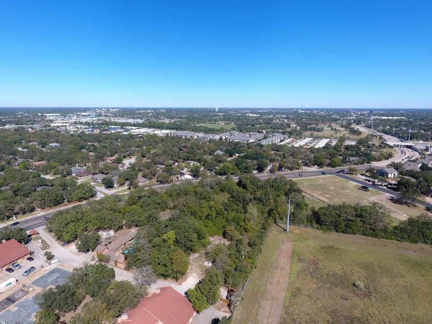 1015 W Villa Maria Rd Bryan, TX 77801 - alt image 3