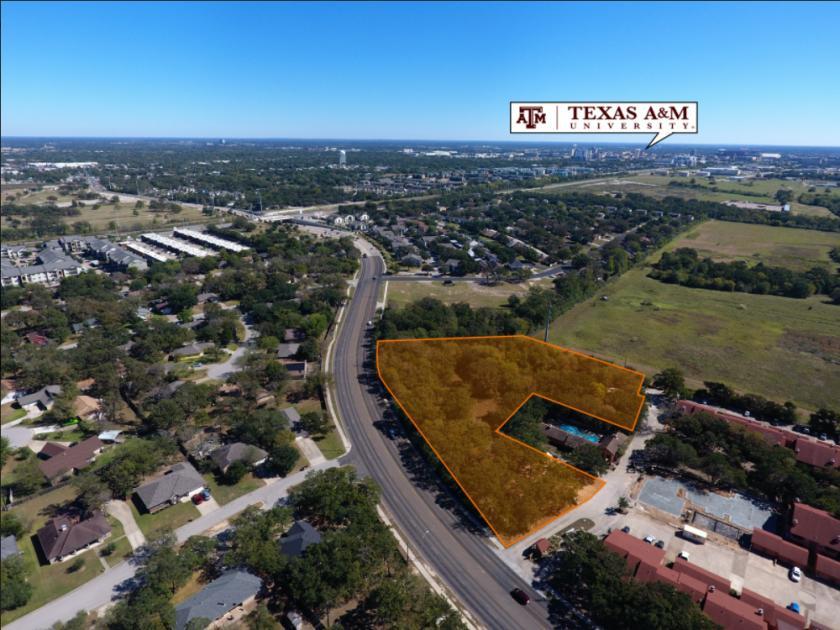 1015 W Villa Maria Rd Bryan, TX 77801 - main image