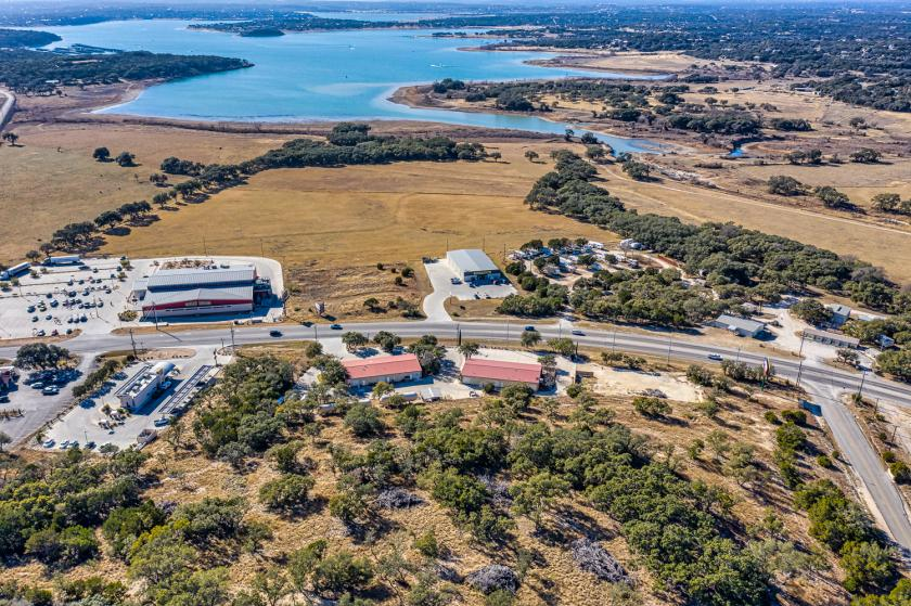 18382 Farm to Market Road 306 Canyon Lake, TX 78133 - alt image 9