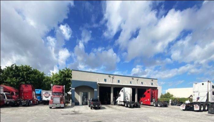 12650 Northwest South River Drive Medley, FL 33178 - alt image 3
