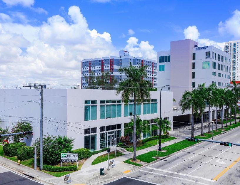 2200 Biscayne Boulevard Miami, FL 33137 - alt image 2