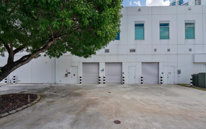 2200 Biscayne Boulevard Miami, FL 33137 - alt image 9