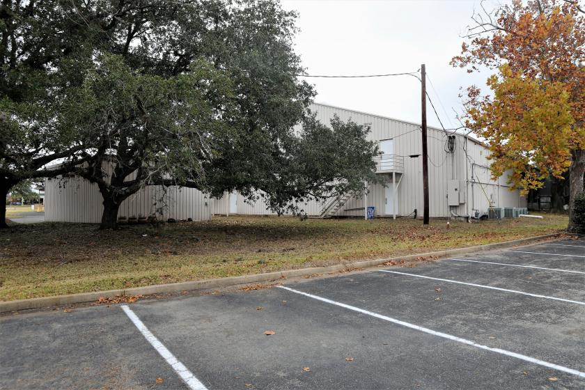 121 South College Street La Grange, TX 78945 - alt image 22