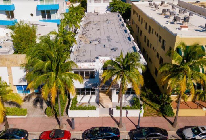 221 Collins Avenue Miami Beach, FL 33139 - main image