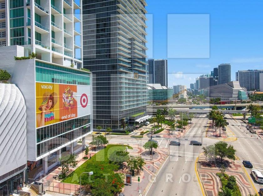 1040 Biscayne Boulevard Miami, FL 33132 - alt image 3