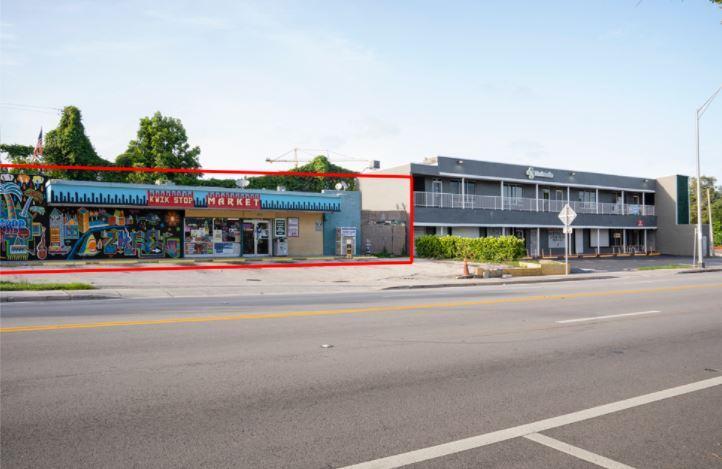 353 Northeast 54th Street Miami, FL 33137 - alt image 2
