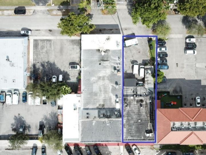 365 North Royal Poinciana Boulevard Miami Springs, FL 33166 - alt image 2