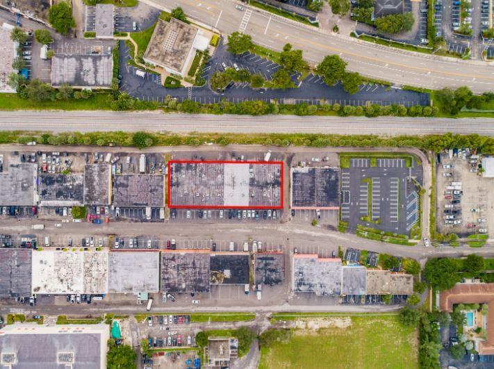 5149 Northeast 12th Avenue Oakland Park, FL 33334 - alt image 7