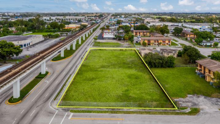 611 Northwest 27th Avenue Miami, FL 33125 - main image