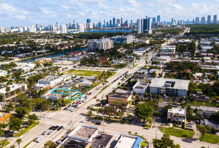 1825 Northeast 163rd Street North Miami Beach, FL 33162 - alt image 4
