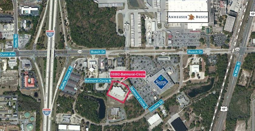 10592 Balmoral Circle East Jacksonville, FL 32218 - alt image 3