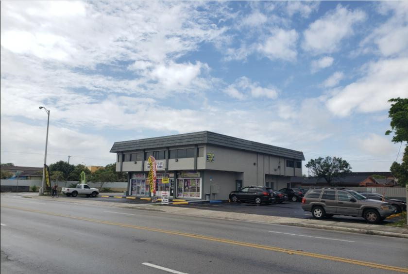 381 East 8th Street Hialeah, FL 33010 - alt image 3