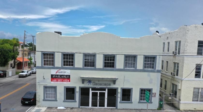 2100 West Flagler Street Miami, FL 33135 - main image
