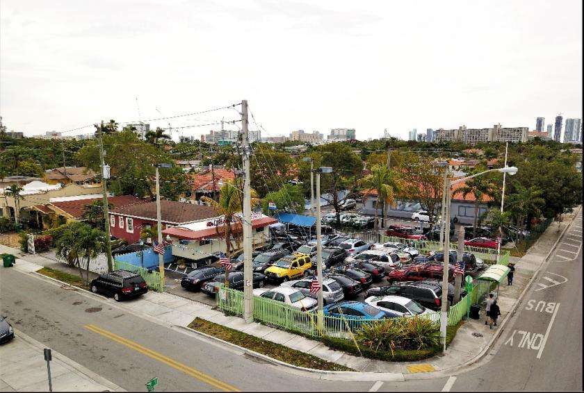 705 Northwest 18th Place Miami, FL 33125 - alt image 3