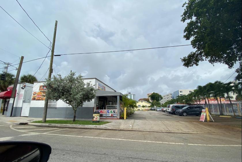 2900 Northwest 17th Avenue Miami, FL 33142 - alt image 3