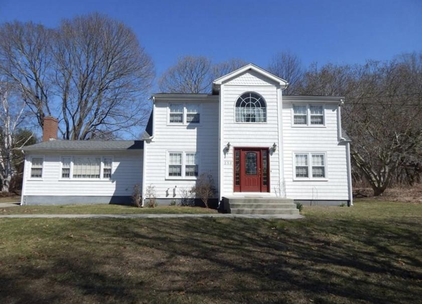 250 Middlesex Avenue Old Saybrook, CT 06475 - main image