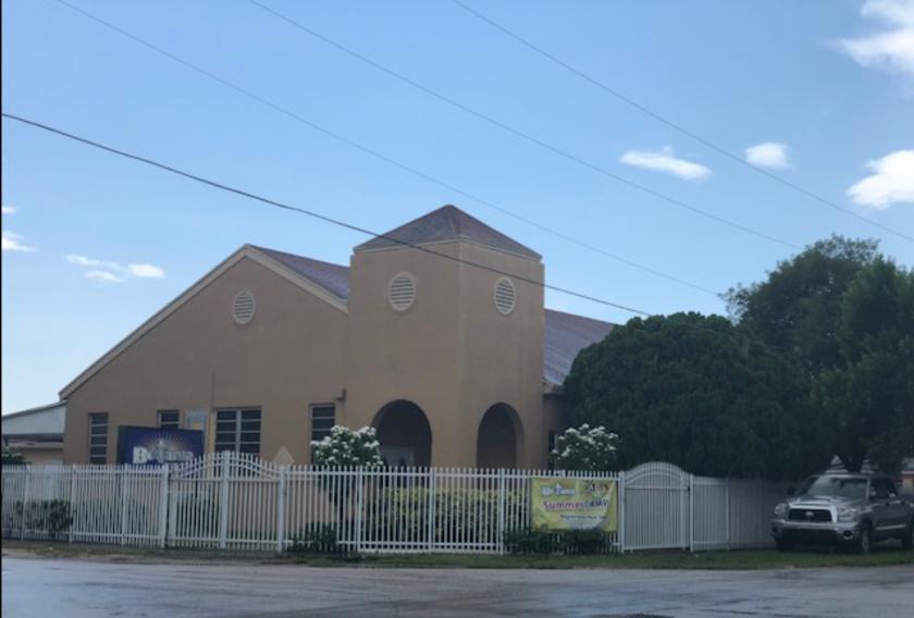 2480 Northwest 35th Street Miami, FL 33142 - main image