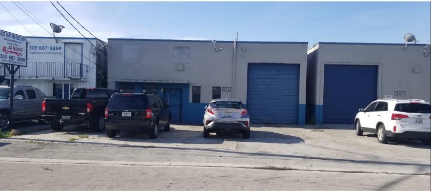 572 West 28th Street Hialeah, FL 33010 - main image