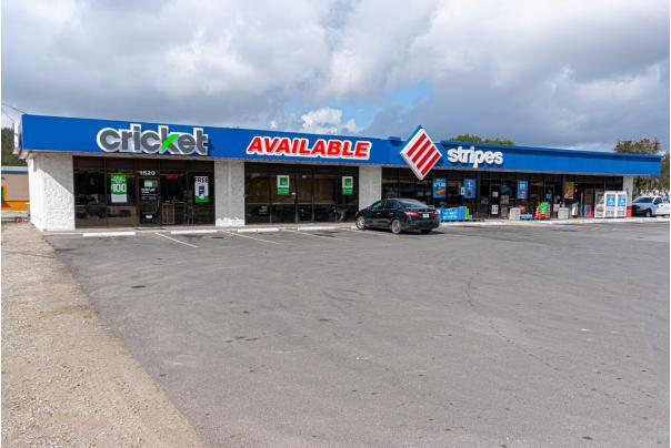 1512 South Seguin Avenue New Braunfels, TX 78130 - main image