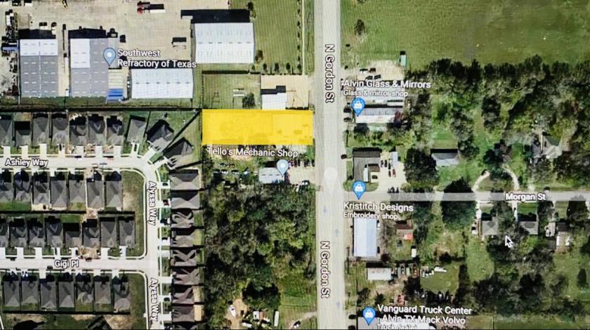 2203 South Gordon Street Alvin, TX 77511 - alt image 9