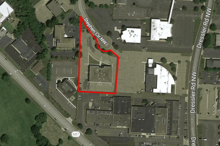 4505 Stephen Circle Northwest Canton, OH 44718 - alt image 2