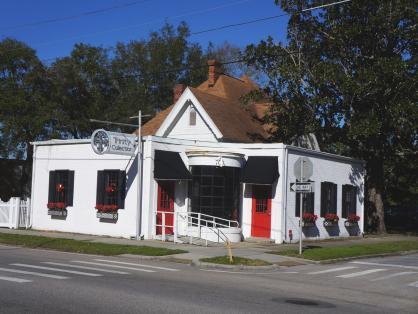 700 West Garden Street Pensacola, FL 32502 - alt image 2