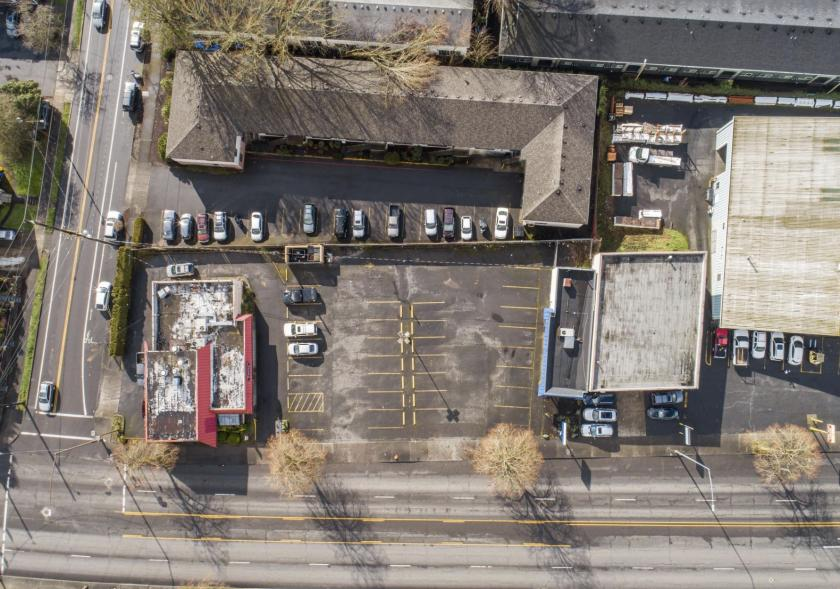 4102 Southeast Powell Boulevard Portland, OR 97202 - main image