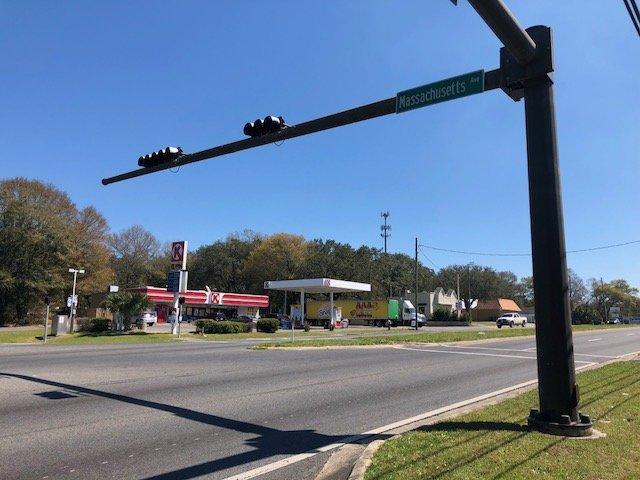 5061 Mobile Highway Pensacola, FL 32506 - main image