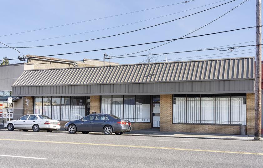 7320 Northeast Sandy Boulevard Portland, OR 97213 - alt image 2