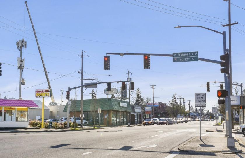 7320 Northeast Sandy Boulevard Portland, OR 97213 - alt image 3