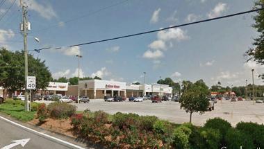 6025 Mobile Highway Pensacola, FL 32526 - alt image 2