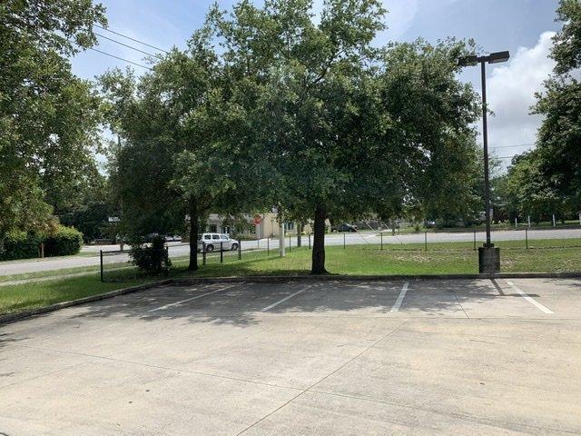 300 North Pace Boulevard Pensacola, FL 32505 - alt image 2