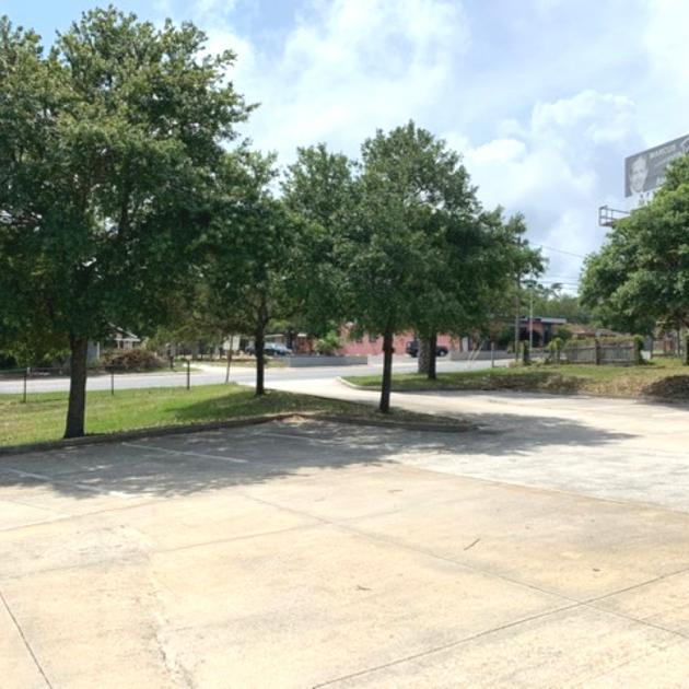 300 North Pace Boulevard Pensacola, FL 32505 - alt image 3