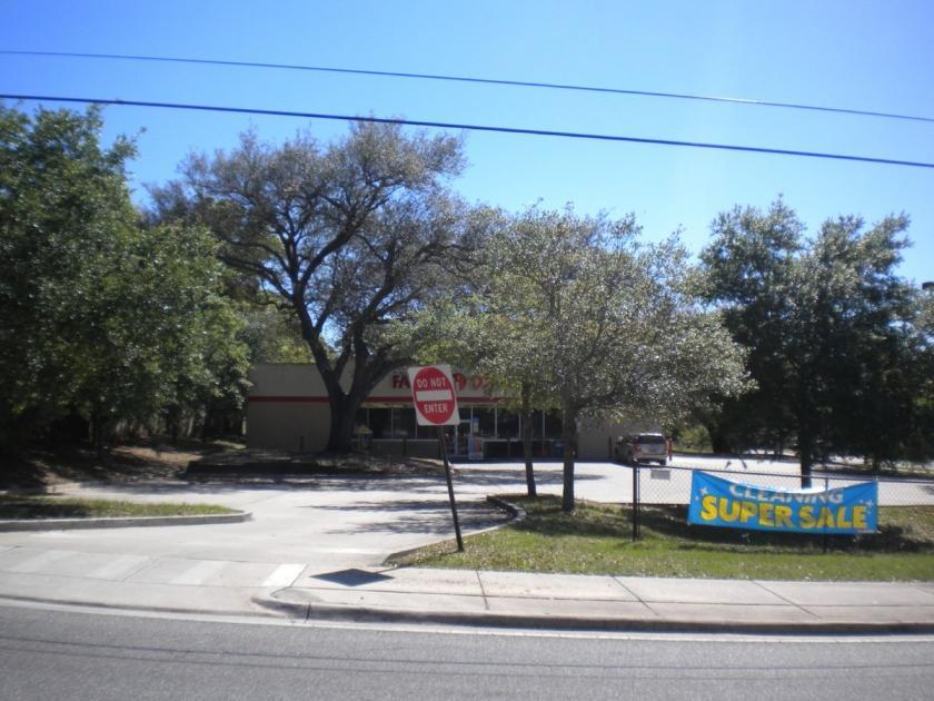 300 North Pace Boulevard Pensacola, FL 32505 - alt image 4
