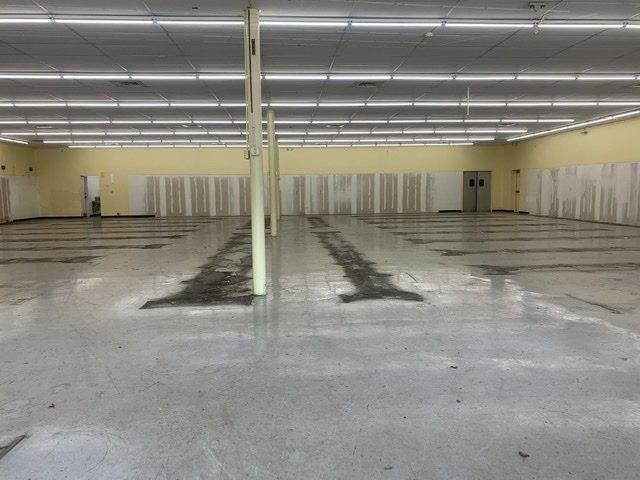 300 North Pace Boulevard Pensacola, FL 32505 - alt image 5