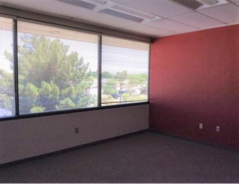 277 East Amador Avenue Las Cruces, NM 88001 - alt image 2