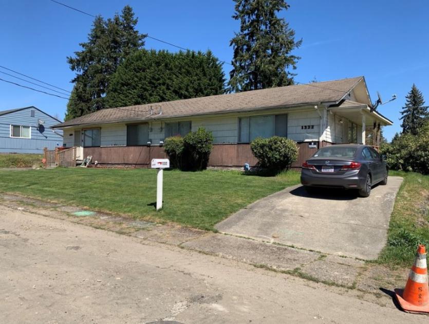 1332 Jefferson Avenue Northeast Renton, WA 98056 - alt image 3
