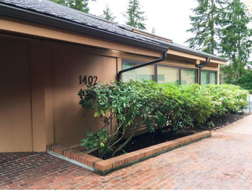 1402 140th Place Northeast Bellevue, WA 98007 - alt image 2