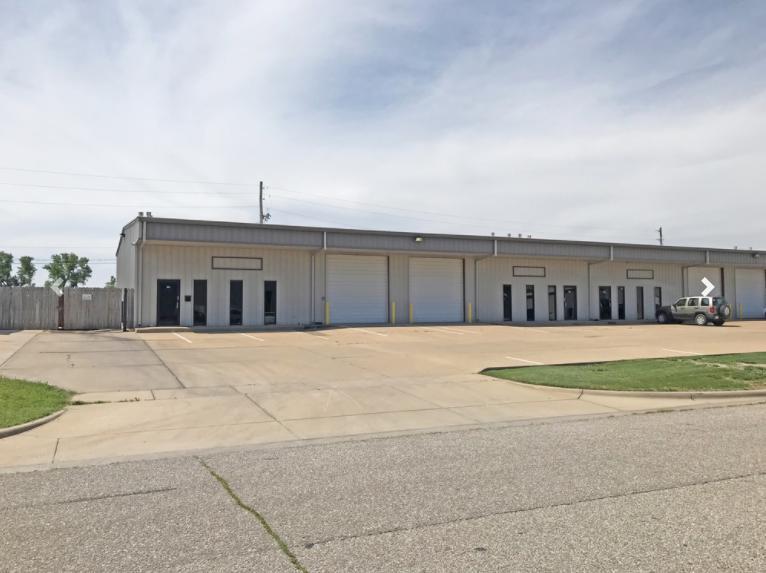 8955 West Monroe Circle Wichita, KS 67209 - alt image 3