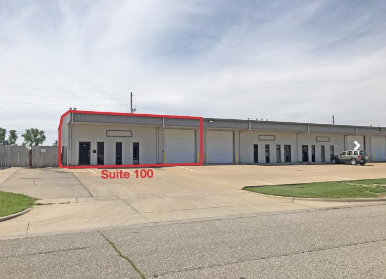 8955 West Monroe Circle Wichita, KS 67209 - main image